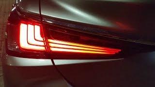 2019 ES 350 Night Lighting