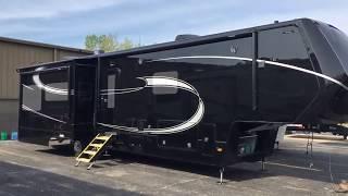 Luxe Elite 39FB luxury fifth wheel - 2020 Exterior