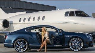 Entrepreneur Lifestyle -  Girls Edition - Billionaire Life