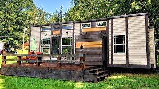 33ft Luxury Tiny House on Wheels with Slide Outs in Knoxville, Tennessee