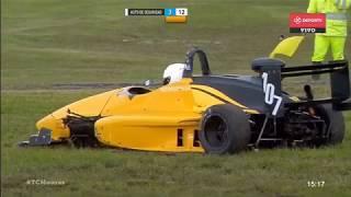 Formula 4 Nueva Generacion 2018. Final 1 Autódromo Roberto José Mouras (2). Crash