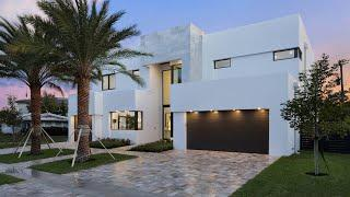 Custom-Built Estate | Luxury Homes | 354 Northeast 5th Street Boca Raton, Florida