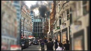 UK : Firefighters tackle huge blaze at luxury hotel in central London