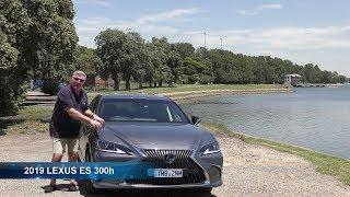 2019 LEXUS ES 300h luxury mid size HYBRID Saloon driven and rated