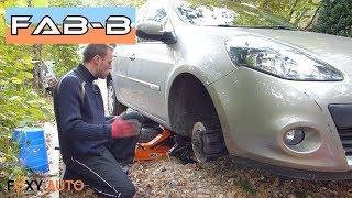 Comment changer disques et plaquettes avant sur Renault Clio 3 Estate
