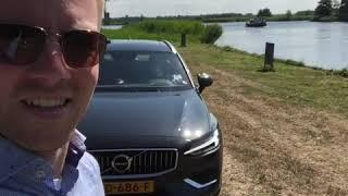 Volvo V60 prevents collision with pedestrian