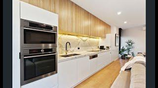 Carnegie - Luxury Townhouse In Lifestyle Hot Spot