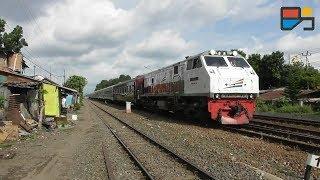 KERETA MEWAH NYASAR di Kereta Api Ekonomi Bengawan