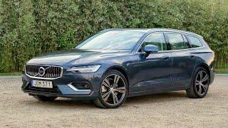2019 Volvo V60 D4 (Denim Blue) Exterior, Interior, Drive