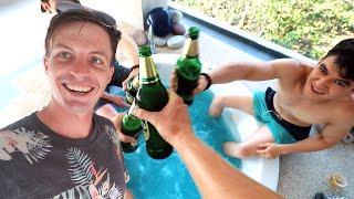 SURPRISING FRIENDS WITH LUXURY VILLA in KOH TAO